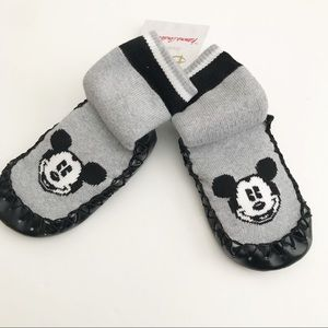 NWT! Hanna Andersson Mickey Mouse slippers